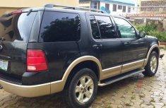 Ford Explorer 2004 Limited 4.6 Black color for sale