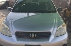 Need to sell cheap used grey/silver 2005 Toyota Matrix automatic in Ikeja