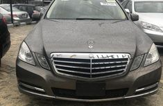 Well maintained grey/silver 2010 Mercedes-Benz E350 for sale at price ₦7,500,000 in Lagos