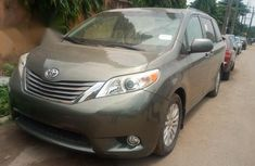 Used 2012 Toyota Sienna automatic for sale