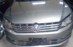Volkswagen Passat 2012 2.5 S Gray color for sale
