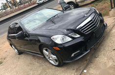 Sell very cheap clean grey/silver 2011 Mercedes-Benz E350 in Lagos