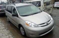 2008 model Toyota Sienna for Sale