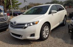 Sell super clean white 2013 Toyota Venza automatic