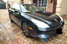 Sell black 2004 Lexus ES automatic