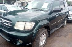 Need to sell high quality green 2002 Toyota Sequoia at price ₦800,000 in Lagos