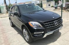 Very sharp neat used 2013 Mercedes-Benz M-Class automatic for sale in Lagos