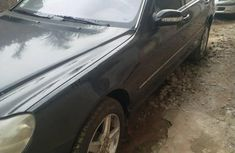Sell 2003 Mercedes-Benz S-Class sedan automatic at price ₦850,000
