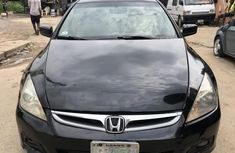 Need to sell cheap used 2006 Honda Accord in Lagos