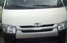 Sell 2013 Toyota HiAce van manual at price ₦10,000,000 in Lagos