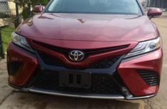 Toyota Camry 2018 Red color for sale
