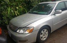 Sell well kept grey 2004 Toyota Avalon sedan automatic in Lagos