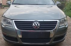 Volkswagen Passat 2007 2.0 FSi Comfortline Green color for sale