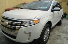 Selling 2012 Ford Edge automatic in good condition