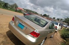 Clean Nigerian used Toyota Camry 2005 Gold
