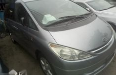 Foreign Used Toyota Previa 2003 Silver