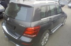 Neat Foreign used Mercedes Benz GLK-350 2011 Gray