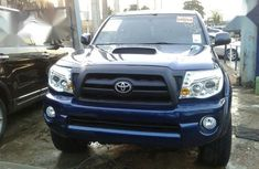 Selling 2007 Toyota Tacoma in good condition at mileage 125,000