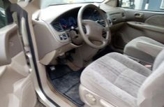 Clean Tokunbo Toyota Sienna 2002 Gold