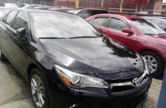 Sell cheap black 2016 Toyota Camry automatic