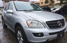 Selling 2007 Mercedes-Benz M-Class automatic in good condition at price ₦3,500,000