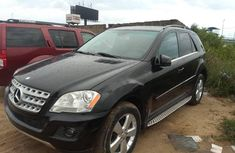 Best priced black 2011 Mercedes-Benz ML350 automatic in Lagos