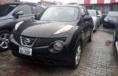 Black 2013 Nissan Juke automatic for sale in Lagos