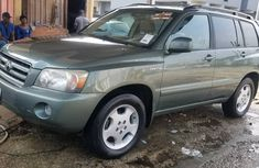 Direct Tokunbo Toyota Highlander 2004 model V6