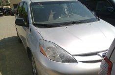 Selling my 2007 Toyota Sienna VVT-I V6 3.3