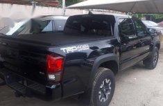 Neatly used Tokunbo Automatic Toyota Tacoma 2018 Black