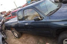 Neat Foreign used Toyota Tacoma 2001 Green