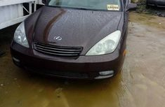 Very Clean Foreign used Lexus ES 2004 Purple