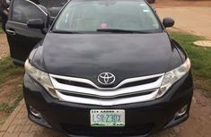 Need to sell cheap used black 2013 Toyota Venza suv / crossover automatic