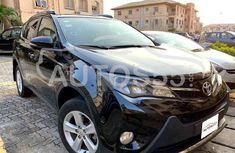 Selling 2015 Toyota RAV4 in good condition at price ₦8,000,000 in Lagos