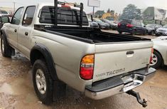 Clean Tokunbo Toyota Tacoma 2004 Double Cab V6 4WD Silver