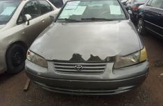 Sell grey/silver 2000 Toyota Camry sedan automatic at cheap price
