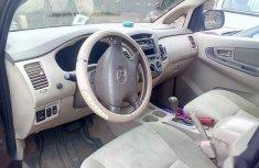 Nigerian Used Toyota Previa Automatic 2004 Innova model