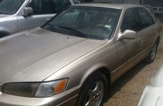 Well Maintained Nigerian used Toyota Camry 2000 Gold