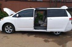 Clean Tokumbo Toyota Sienna 2012 LE 8 Passenger White