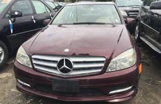 Selling 2008 Mercedes-Benz C300 automatic in Lagos
