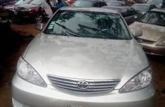 Need to sell cheap used 2004 Toyota Camry sedan in Lagos