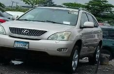 Sell cheap gold 2005 Lexus RX automatic in Lagos