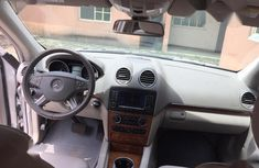 Fairly Used Nigerian Used 2009 Mercedes-Benz GL Class Silver Colour