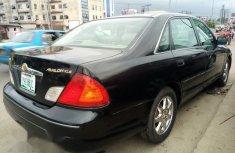 Neat Nigerian used Toyota Avalon 2001 Black