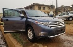 Super Clean Foreign used Toyota Highlander 2016