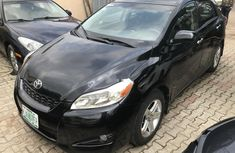 Clean and neat used 2009 Toyota Matrix hatchback in Lagos at cheap price