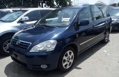 Foreign Used Toyota Avensis 2002 Blue