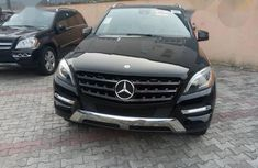 Neat Tokunbo Mercedes-Benz M Class ML350 2014 Black