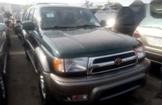 Neat Foreign used Toyota 4-Runner 2000 Green