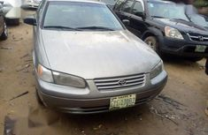 Clean Nigerian used Toyota Camry Automatic 1998 Gold